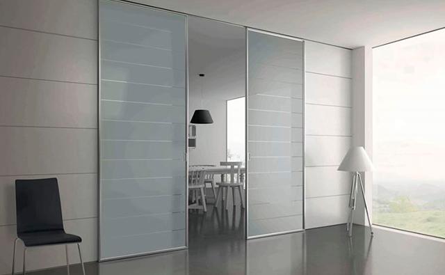 Puertas interiores de vidrio para separar diferentes estancias